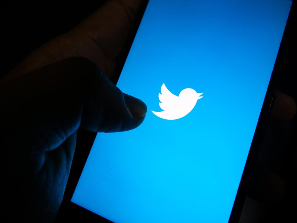 twitter-lancia-ticketed-spaces-e-super-follows:-due-nuove-soluzioni-che-consentono-ai-creator-di-monetizzare