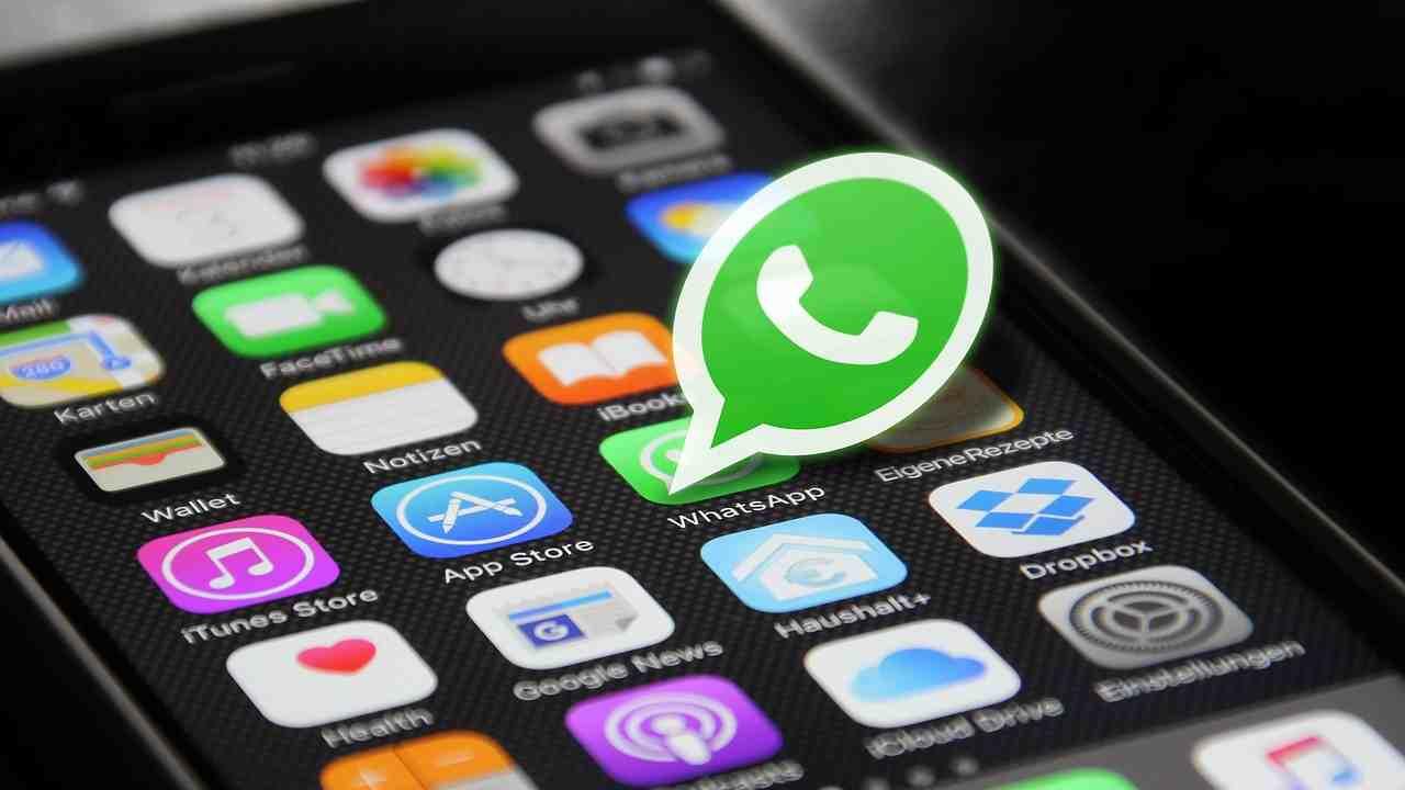 whatsapp-nei-guai,-multa-da-225-milioni-di-euro:-il-motivo