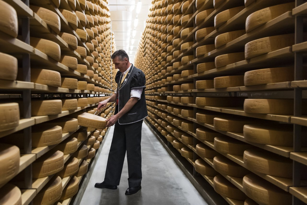 aumenta-l'export-di-formaggio-svizzero