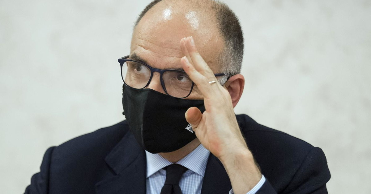 """enrico-letta-""""no-vox"""":-visita-l'ateneo-di-tomaso-montanari?-un-vergognoso-silenzio-sulle-foibe"""