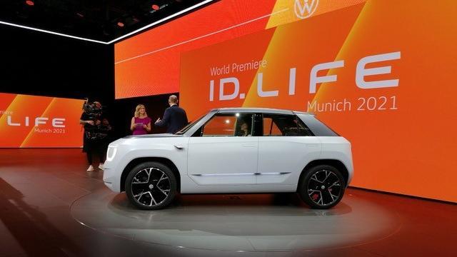 volkswagen-accelera-i-tempi-dell'elettrificazione,-anticipata-di-due-anni-la-possibile-id-life,-all'iaa-di-monaco-come-id.-life-concept