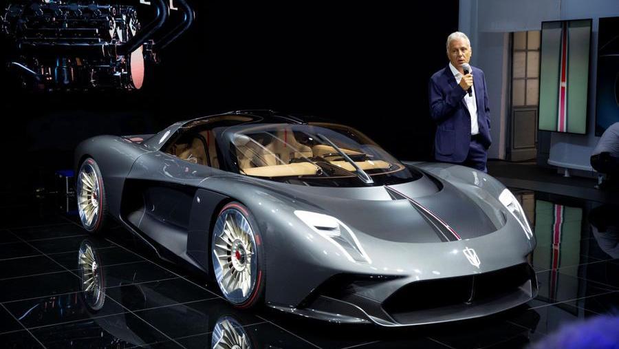 silk-faw-progetto-s9,-alla-design-week-milanese-debutta-l'hypercar-costruita-nella-motor-valley