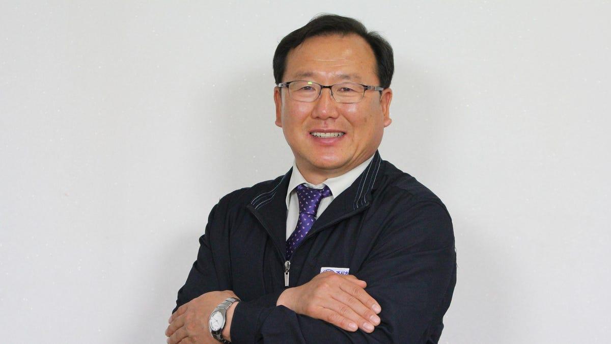 come-il-boom-delle-auto-elettriche-ha-reso-miliardario-un-ingegnere-chimico-coreano