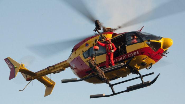 francia,-cade-elicottero-della-protezione-civile:-un-morto-e-quattro-feriti