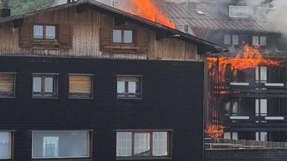trento,-in-fiamme-l'hotel-dolomiti-sul-monte-bondone:-non-c'erano-ospiti