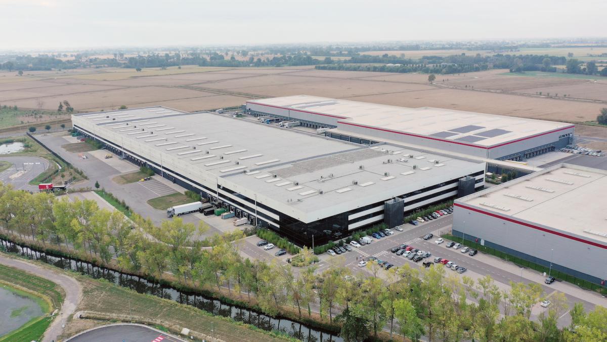 yoox-net-a-porter,-47-milioni-di-euro-per-il-nuovo-centro-logistico-nel-pavese