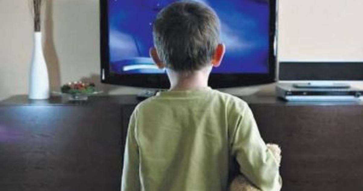 tv,-ecco-come-lo-schermo-ti-brucia-il-cervello:-lo-studio-e-l'errore-da-non-fare