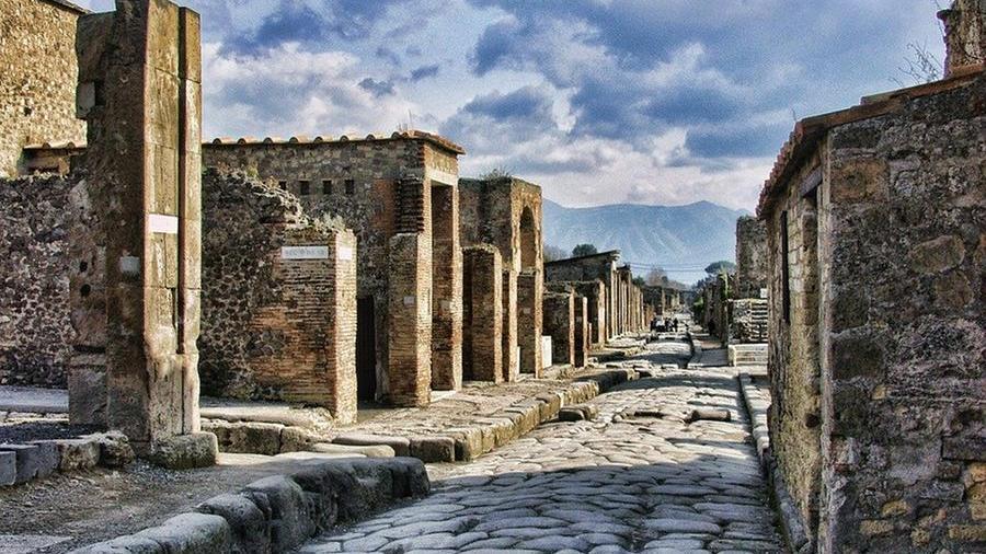 furto-negli-scavi-a-pompei:-rubato-chiusino-dentro-la-domus-di-sirico
