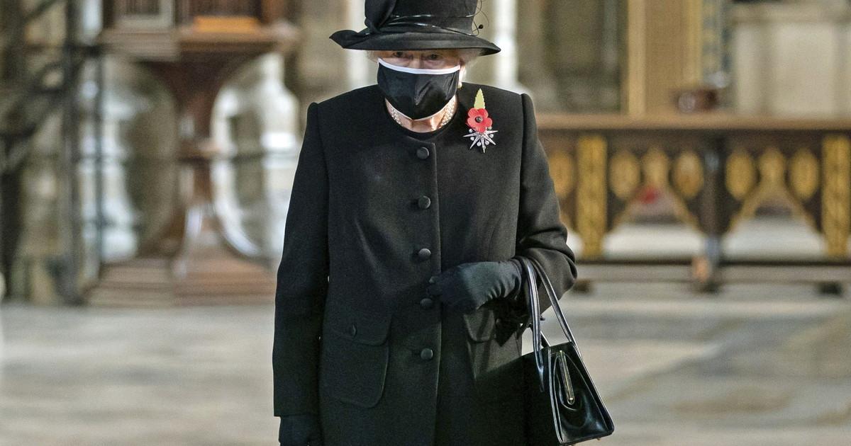 """regina-elisabetta,-filo-diretto-insospettabile-con-umberto-bossi:-""""mi-ha-commosso"""",-spunta-una-lettera-segretissima"""