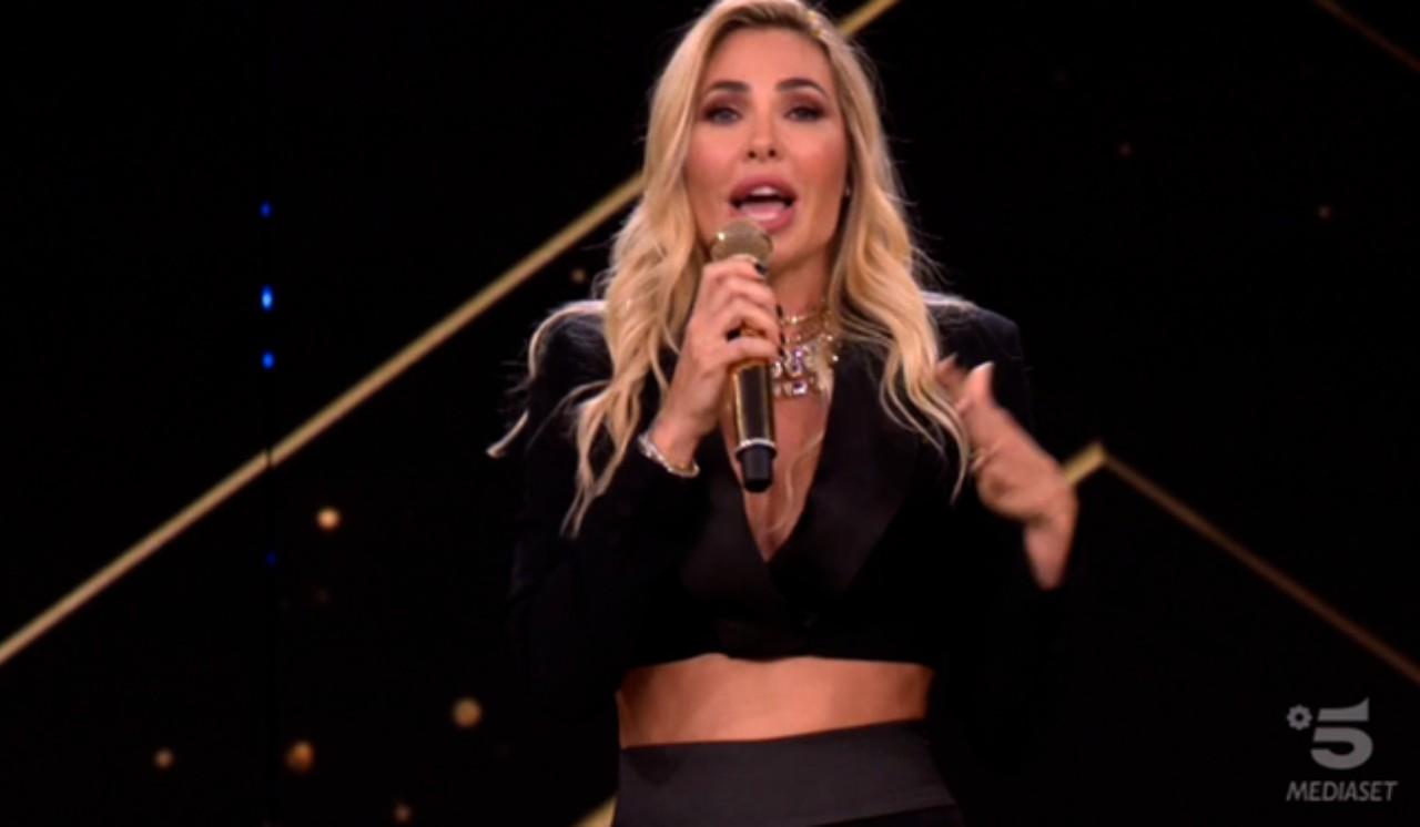 star-in-the-star:-spoiler-sui-concorrenti,-cantante-eliminata-lo-rivela