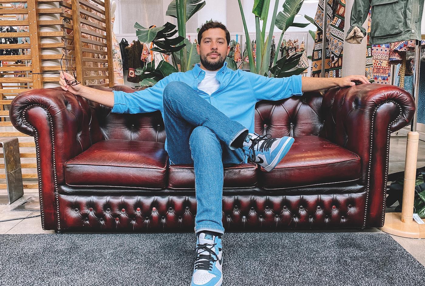 il-brand-di-streetwear-di-un-under-30-napoletano-che-rende-omaggio-alla-cultura-pop-del-passato